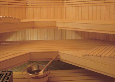 Custom-cut Sauna 3